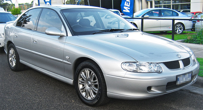 2001 holden commodore silver