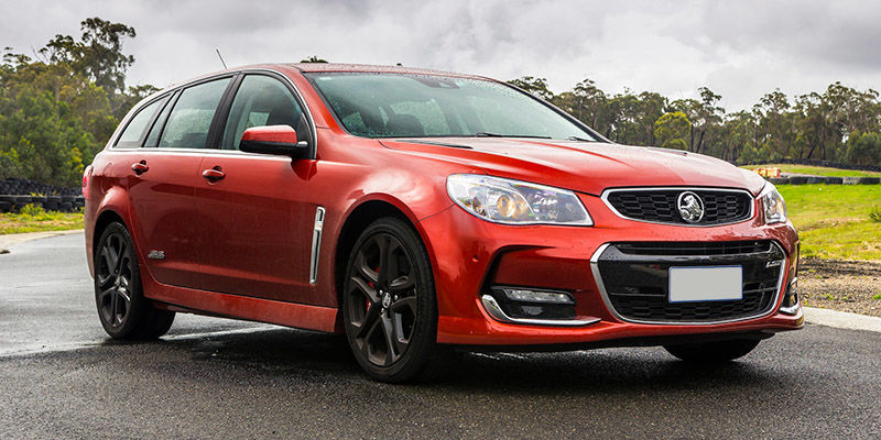 2017 holden commodore ss supportive image