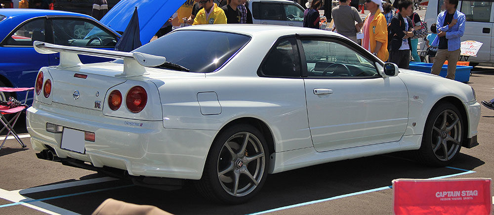 1999   2002 Nissan Skyline R34 GT R Review